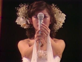 Canalblog_JPop_Momoe_Yamaguchi_DVD_Last_Live12.jpg